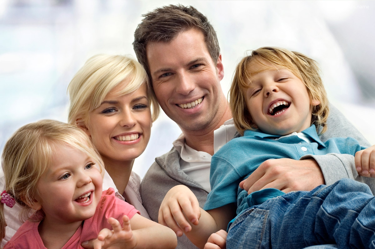 pictures-of-family-with-two-children-7513